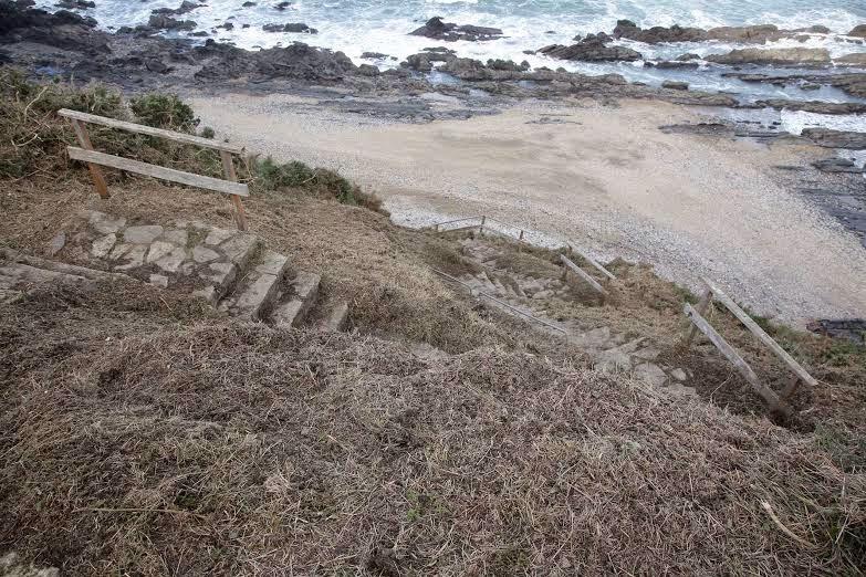 Una empresa se ofrece al Ayuntamiento de Ribadesella para encontrar un nuevo acceso a la playa de Arra