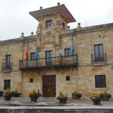 El Ayuntamiento de Colunga vota en contra de la unidad de España