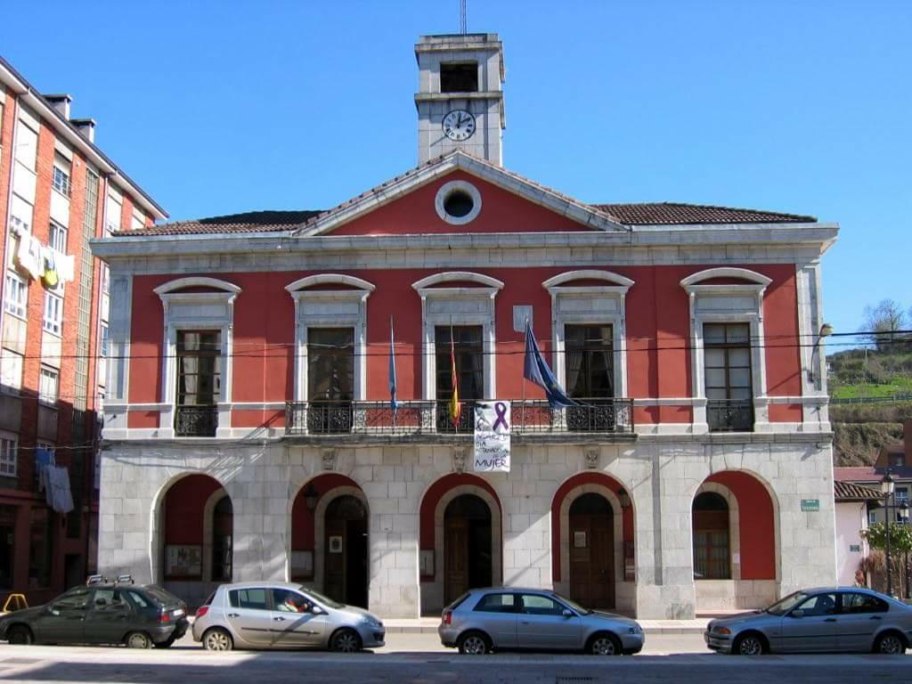 El Ayuntamiento de Piloña saca a licitación para otros cuatro años el servicio municipal de comida a domicilio