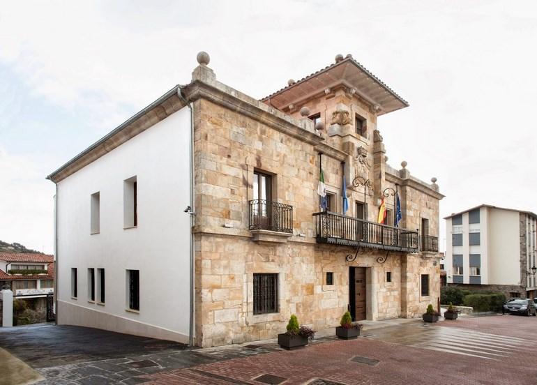 El PSOE aprueba en solitario el presupuesto para el Ayuntamiento de Colunga, dotado con 3,8 millones de euros
