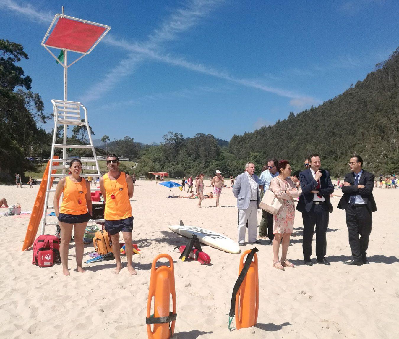 La nueva ordenanza de playas de Ribadedeva no permitirá ni perros ni nudistas