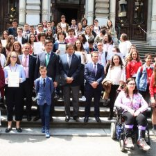 Los institutos de Ribadesella y Luces participarán en la II Liga de Debates de Asturias