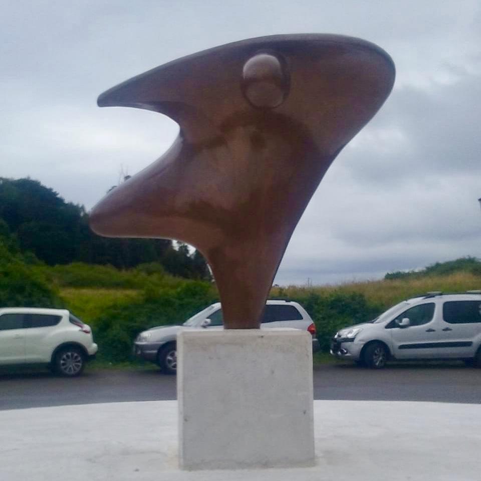 El Ícaro de Ribadesella vuela hasta su barrio más alto, el de La Cuesta
