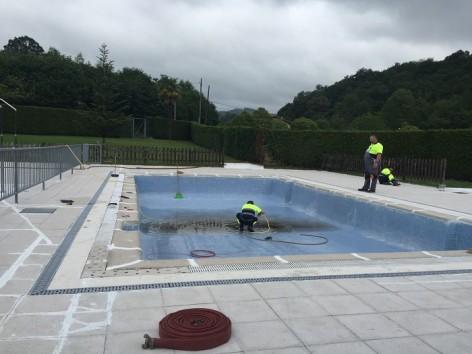 La piscina de Infiesto permanecerá cerrada toda la semana para ser sometida a una limpieza exhaustiva