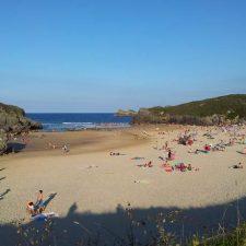 El PSOE de Llanes pide 200.000 euros mas de inversión en las playas del concejo este verano