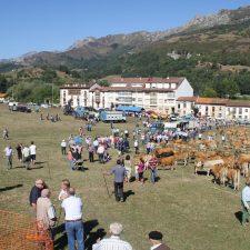 La Feria de San Cipriano abrirá las últimas fiestas de Panes en las que este año destaca el concierto de Camela