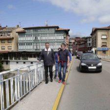 El Principado de Asturias asume la titularidad del puente de Arriondas sobre el río Sella