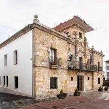 El alcalde de Colunga firma el cese fulminante de su concejala de urbanismo Patricia Vega Valle