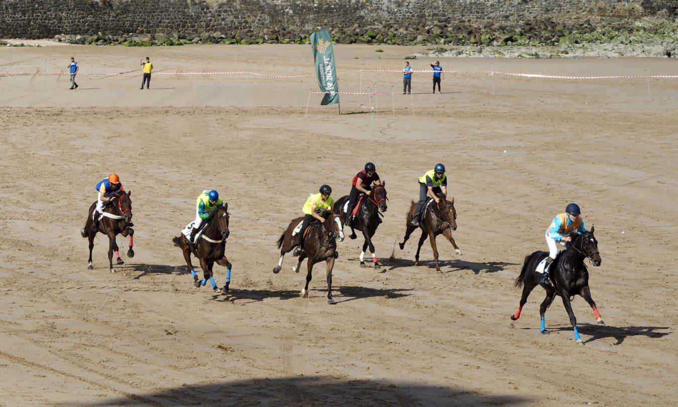 Las Carreras de Caballos Playa de Ribadesella ya son de Interés Turístico Regional