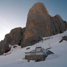 Homenaje de las Cortes Generales españolas al Parque Nacional de los Picos de Europa en su centenario