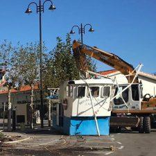 Los vecinos de Lastres proponen ubicar el casetón del Brisas en la rotonda de La Golondrina