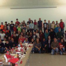 Los voluntarios del Trail del Queso Gamoneu celebran una cena de hermandad en Benia