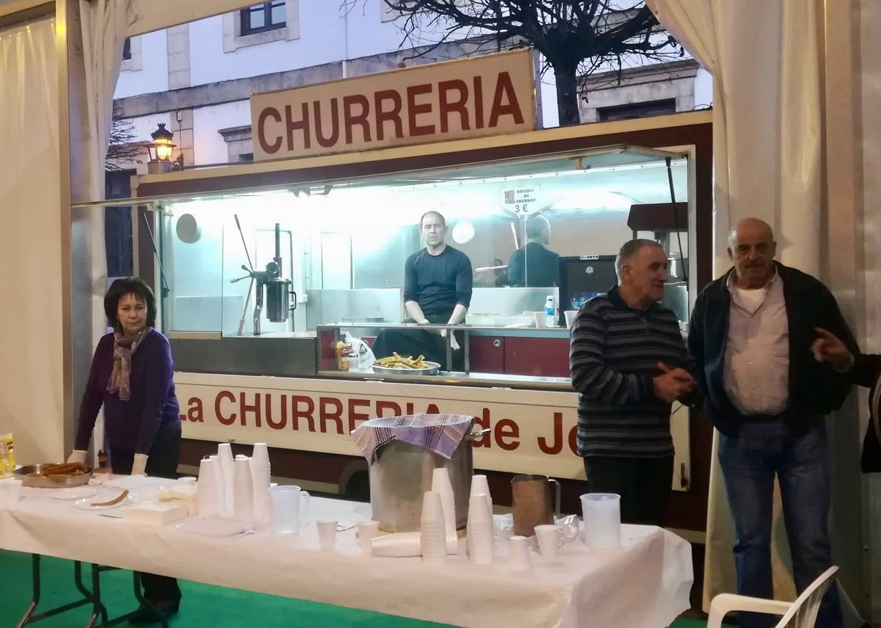 La Chocolatada Solidaria de Cangas de Onís recauda 240 euros para Cáritas Parroquial