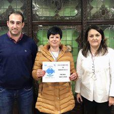 Los 500€ de la campaña navideña de Ribadesella se van para Bones
