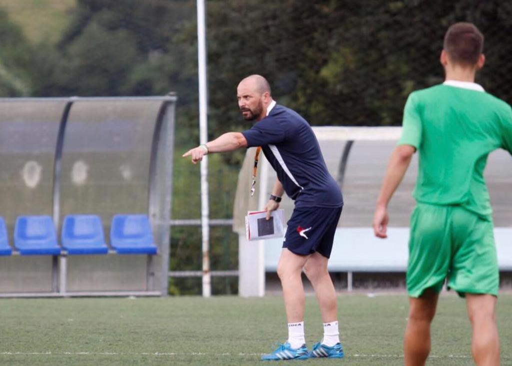 Marcos Pool debuta mañana sábado en el banquillo del Ribadesella CF ante el Titánico