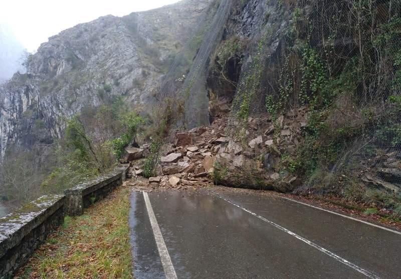 El corte de la carretera del Pontón (N-625) podría prolongarse durante tres semanas