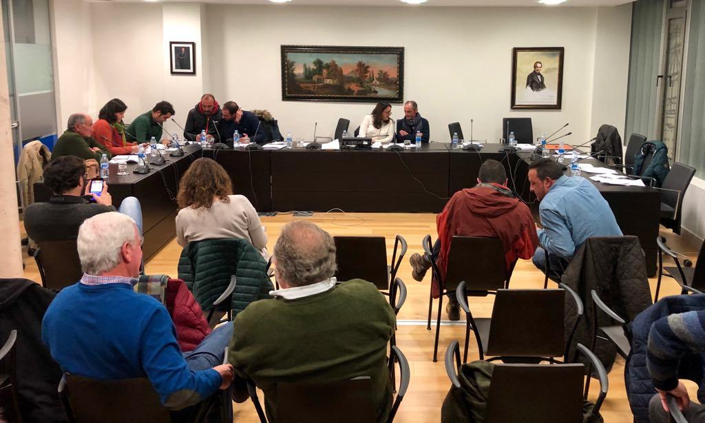 La oposición riosellana se vuelve a unir contra la adjudicación del contrato del agua a Valoriza