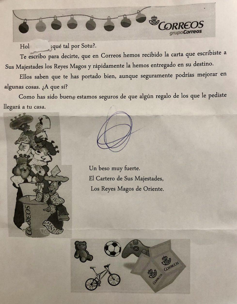 El cartero de los Reyes Magos contesta personalmente las cartas de los niños de Ribadesella