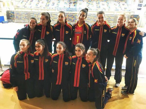 Paula Dago rumbo a Francia con la Selección Española Sub16 de voleibol