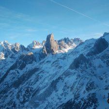 Rescatados tres montañeros que se quedaron enriscados en los Picos de Europa, en collado Vallejo