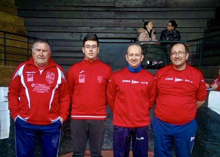 El parragués Dani, Campeón de Asturias de Aficionados, debuta con victoria como jugador de bolos federado