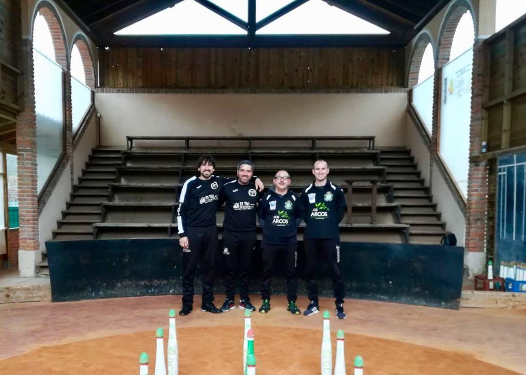 Unas parejas siguen y otras quedan eliminadas en el Campeonato de Asturias de Cuatreada
