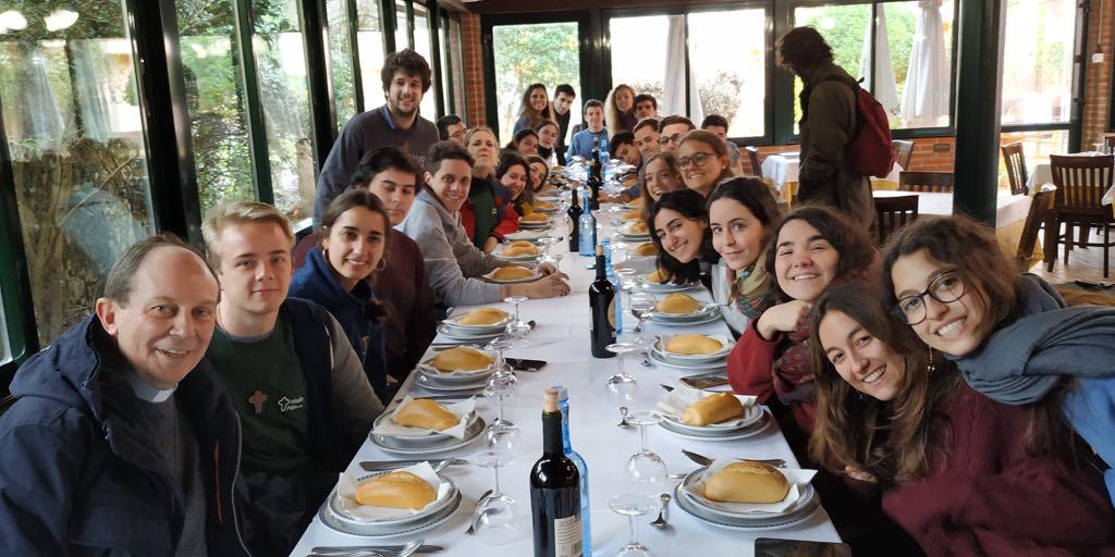 El proyecto Misión País España llega por primera vez a Covadonga con más de 30 universitarios madrileños