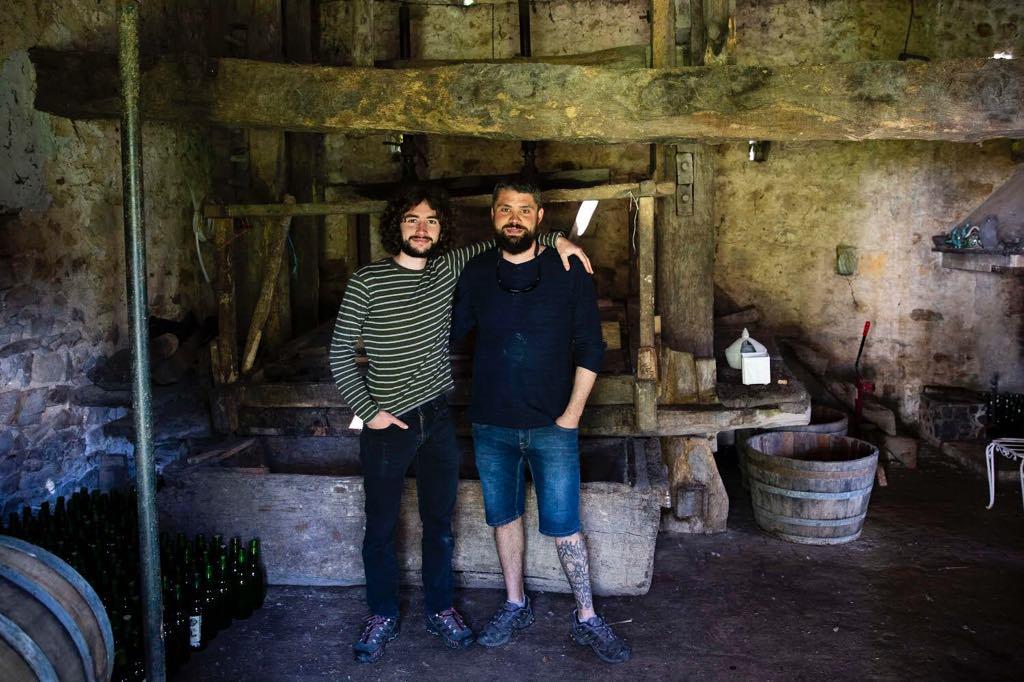 La producción de sidre caseru en Ribadesella supera los 21.000 litros anuales