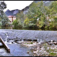Foro reclama la limpieza y el drenaje del río Casaño a su paso por Poo de Cabrales
