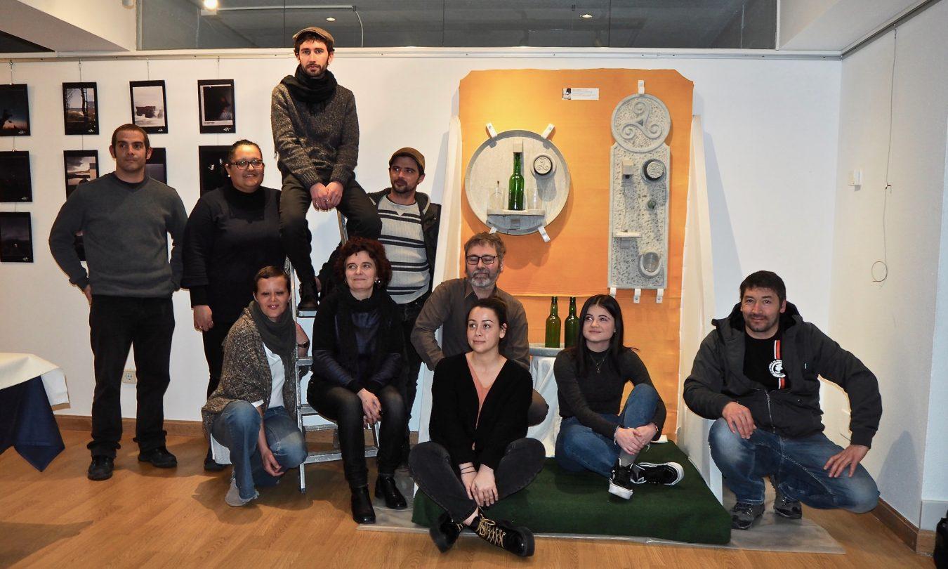 La IV Muestra de Creadores Riosellanos abre sus puertas con el trabajo de diez artistas locales