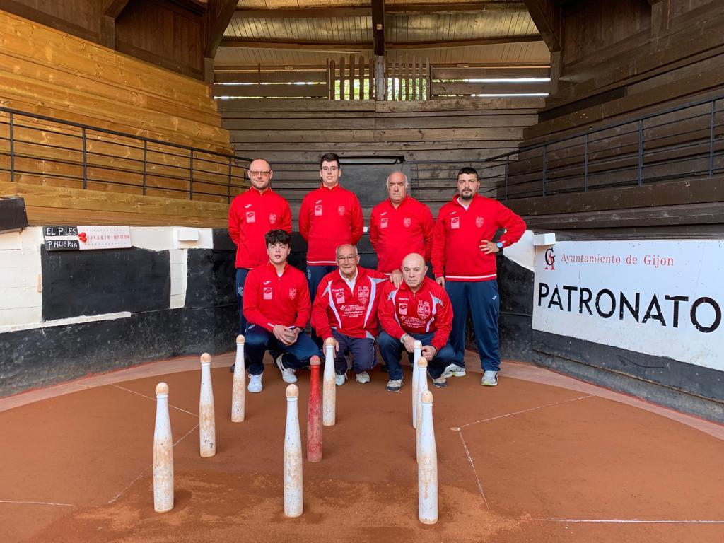 Cuatro victorias y tres derrotas en la primera jornada del Campeonato de Asturias de Cuartetos