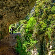 Una excursionista del Grupo Ensidesa fallece tras despeñarse en la Ruta del Cares