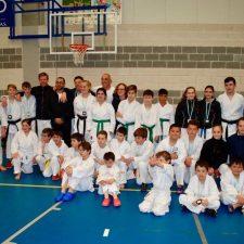 El VII Trofeo Villa de Arriondas de Katas reúne a 200 karatekas de Asturias, Cantabria, Galicia y Madrid