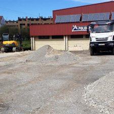El Ayuntamiento de Llanes inicia las obras de acondicionamiento del nuevo aparcamiento de Posada