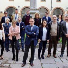 Juan Vázquez presenta al equipo de Ciudadanos que cambiará el rumbo de Asturias