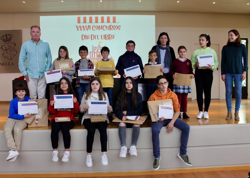 Ribadesella entrega los premios de los Concursos del Día del Libro 2019
