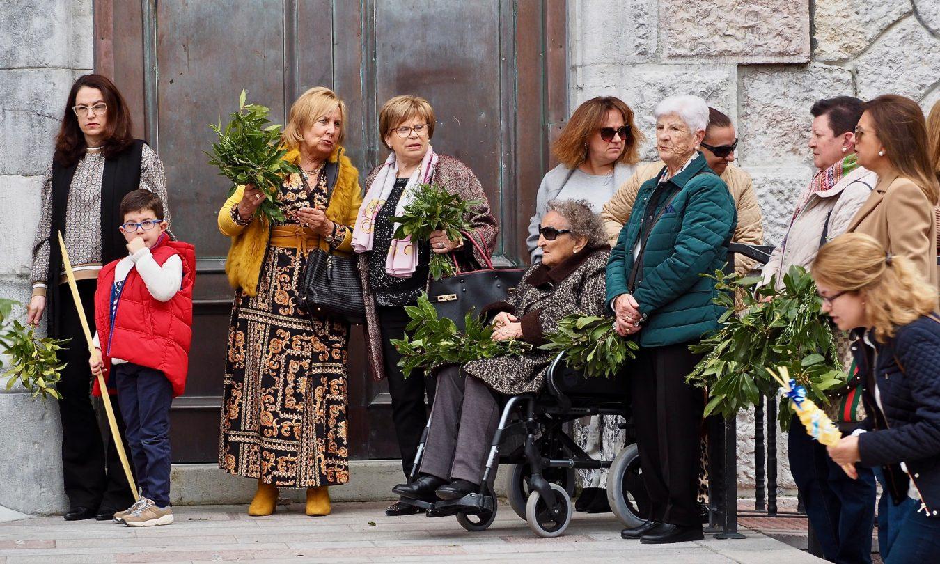 Ribadesella abre su particular Semana Santa con el tradicional Domingo de Ramos