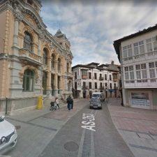 Llanes peatonalizará la calle principal de la villa durante 31 horas esta Semana Santa