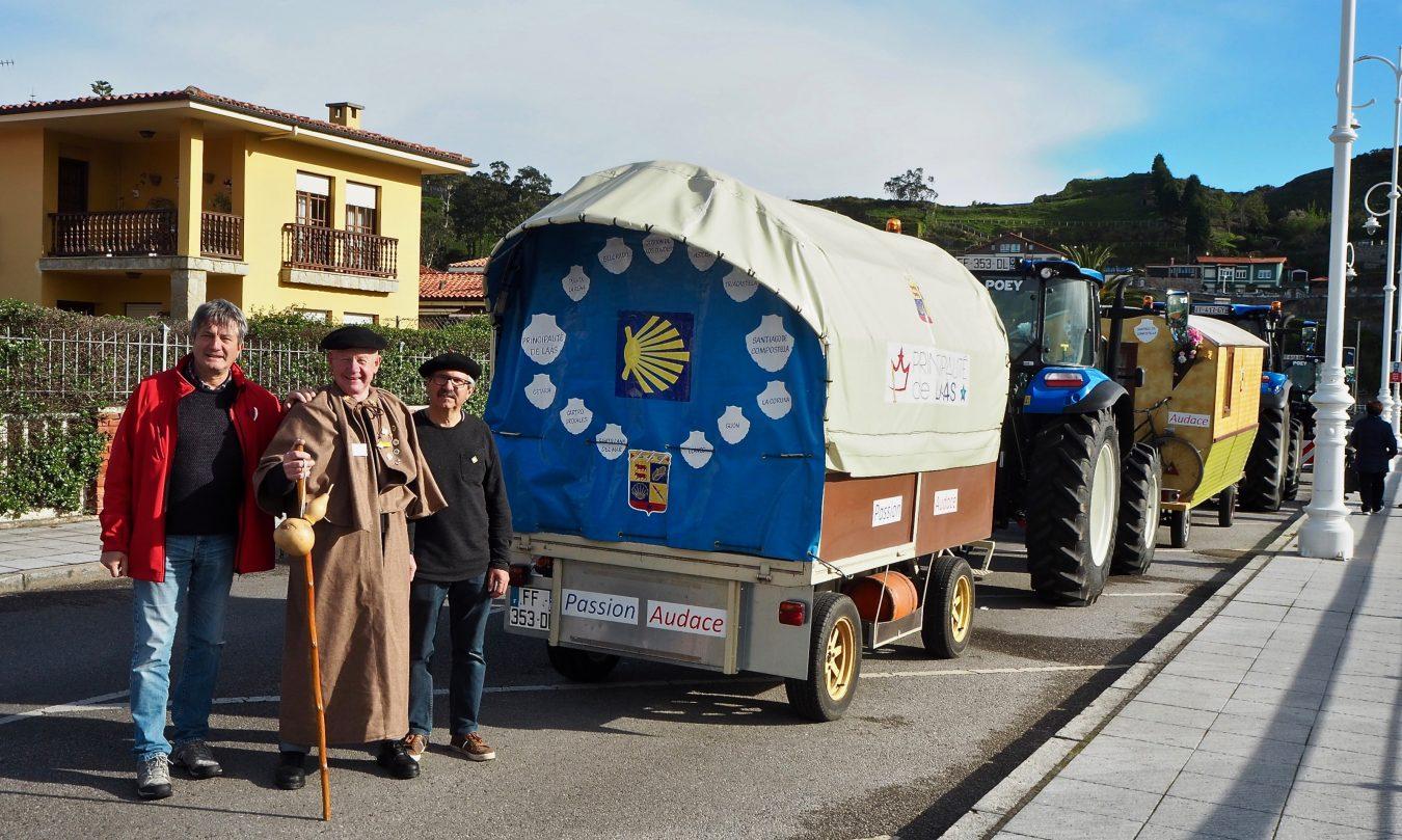 Por el Camino de Santiago en tractor con parada y fonda en Ribadesella