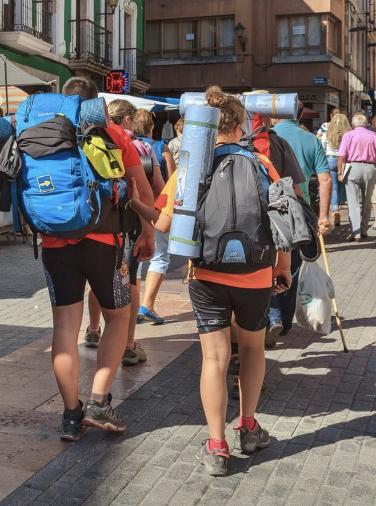 Llanes analiza esta tarde el Camino de Santiago como dinamizador de la economía local