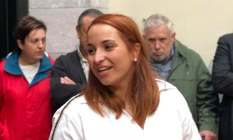 IU elige a Priscila Alonso como candidata a la alcaldía de Llanes