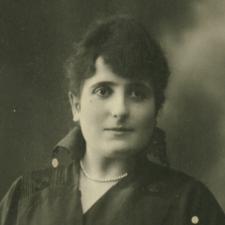 Piloña prepara un homenaje a Purificación Valdés, pionera de la antropología social y cultural de Asturias