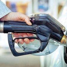 Investigado un conductor de Gijón por marcharse sin pagar tras repostar 80 euros en una gasolinera de Ribadesella