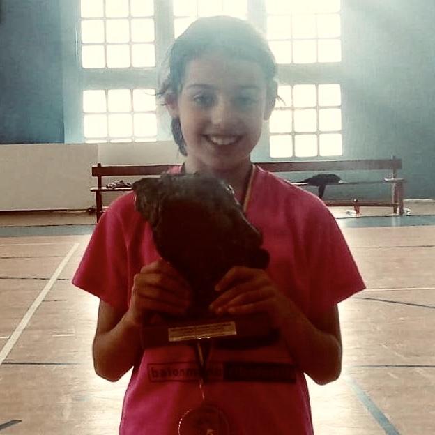 Las Benjaminas del Balonmano Ribadesella cuartas de Asturias con premio MVP para una de sus jugadoras