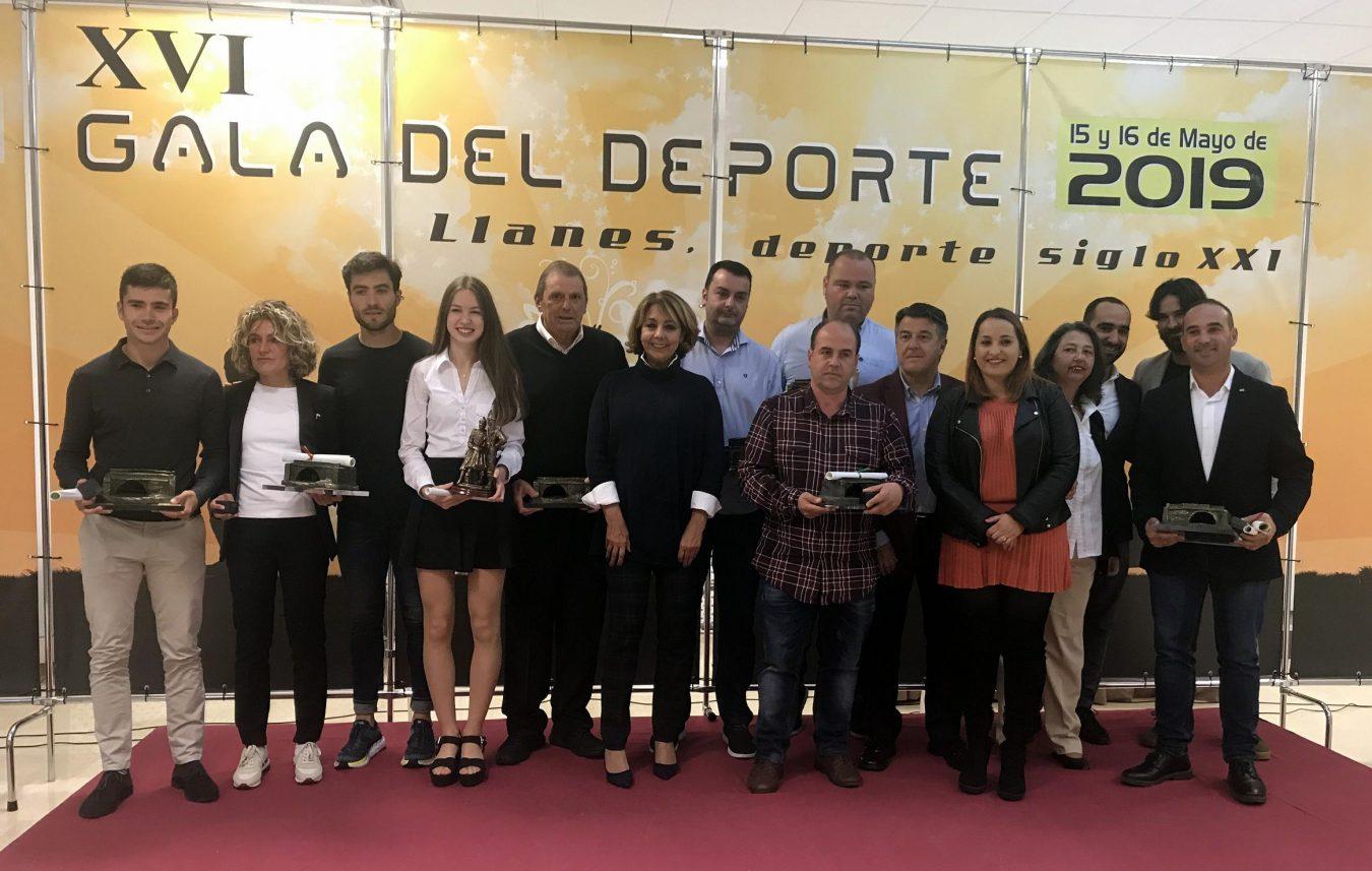 Llanes entrega sus XVI Premios del Deporte en una gala celebrada ayer