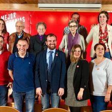 Iván Allende presenta la candidatura socialista con la que de nuevo aspira a la alcaldía de Piloña