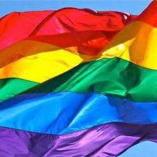 El PSOE de Llanes pide colocar la bandera arco iris del Orgullo LGTBI en el balcón del Ayuntamiento