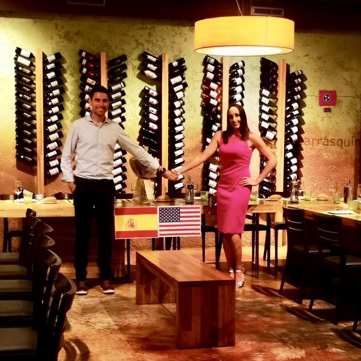 Boda Astur-Americana en Cangas de Onís con espicha en El Molín y banquete en el Parador