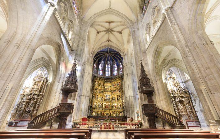 Un vecino de Hontoria (Llanes) será ordenado sacerdote el domingo en la Catedral de Oviedo