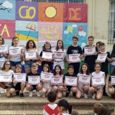 El Colegio Público de Ribadesella celebra su festival fin de curso y de graduación